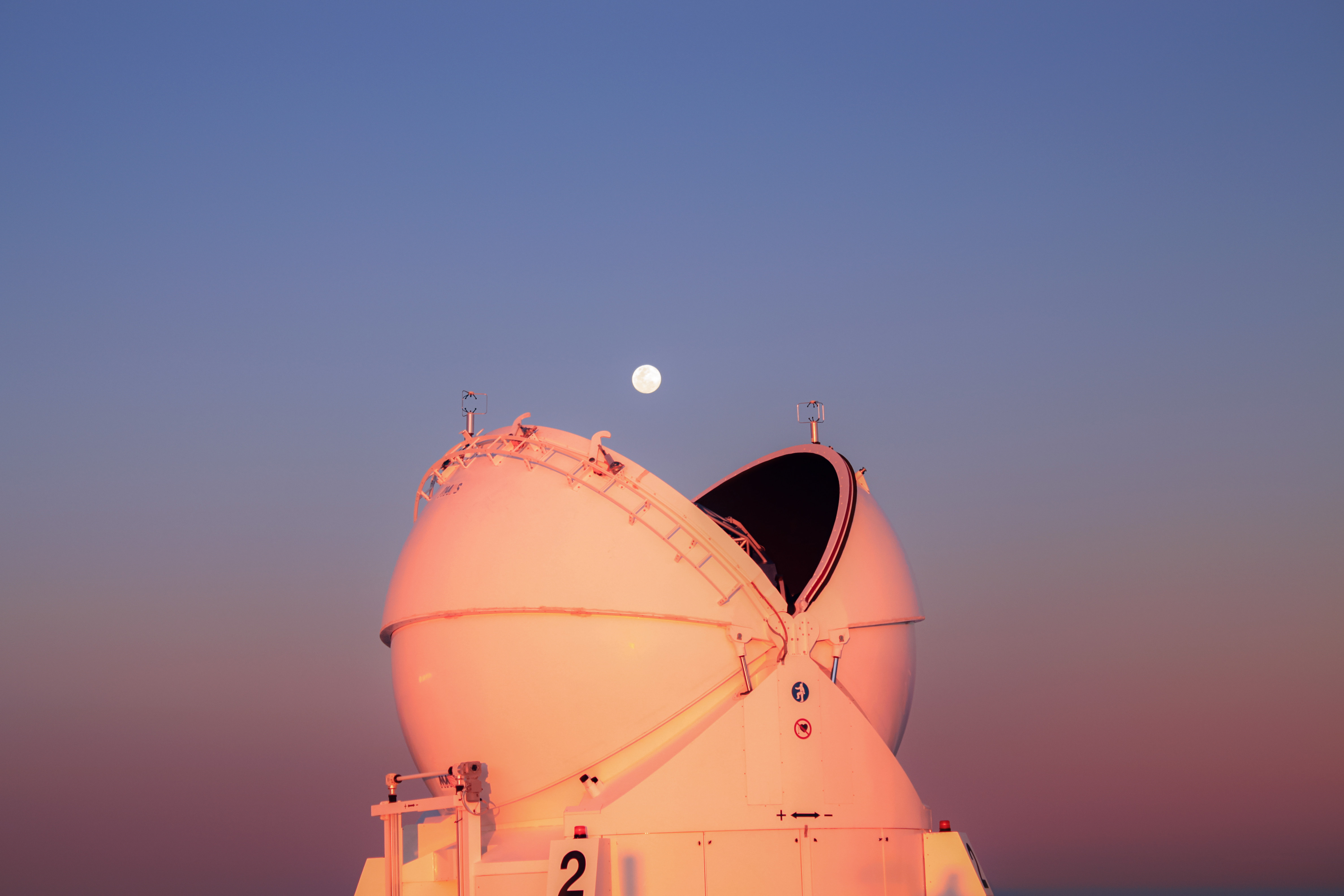 9 - Pacman et la lune